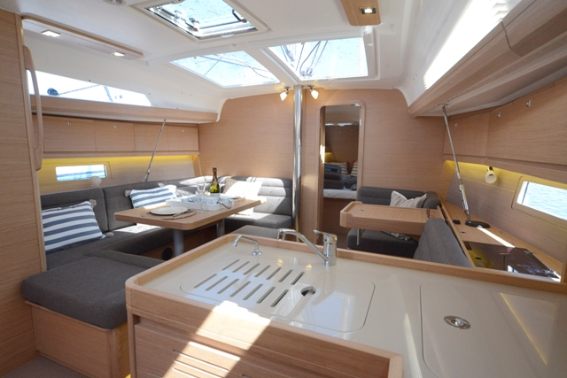 dufour 412 full interior