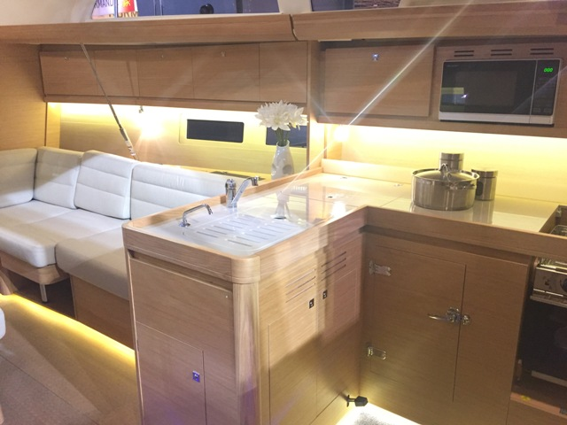 dufour 412 kitchen